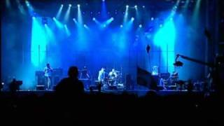 Radiohead - Idioteque (Live At Glastonbury 2003)