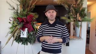 Making a Farmhouse Style Christmas Wreath With Lantern / FARMHOUSE  CHRISTMAS WREATH IDEA