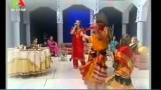 nadia baroudi et ces danseuses