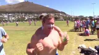 WATCH: Guys show us their sexiest Magic Mike impressions at Cape Town Tens