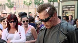 Arnold Schwarzenegger promove o filme Exterminador do Futuro Genesis