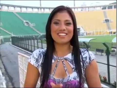 Jogadora de Futebol Maurine mostra sua beleza para as lentes de Priscila Tessarini