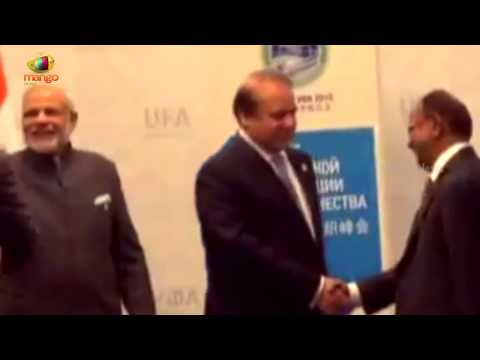 PM Narendra Modi meets Pakistani Counterpart Nawaz Sharif | RUSSIA UFA 2015