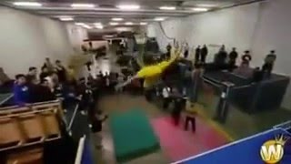 EXTREME PARKOUR AND FREERUNNING 2017