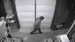 Oklahoma City police searching for man accused of Bricktown burglary (2014-12-11)