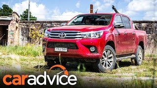 2017 Toyota Hilux SR5 review | CarAdvice