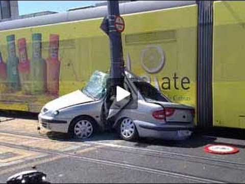 Accidentes de coche accidentes de camion truck Accident car crash car accident 2013