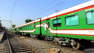 KOLKATA-DHAKA Maitree  মৈত্রী Express speeds past Belgharia (Both Bangladeshi & Indin LHB Rakes)