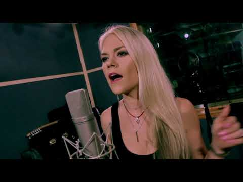 """Carrie Underwood - """"Cry Pretty"""" (Sarah Lenore Cover)"""
