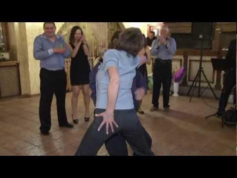 Интересный танцевальный конкурс на свадьбу