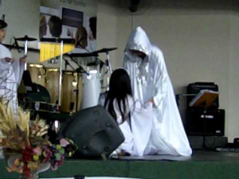 Ressucita me Aline Barros 1º Batista de Marilia Adorart Dança Profética