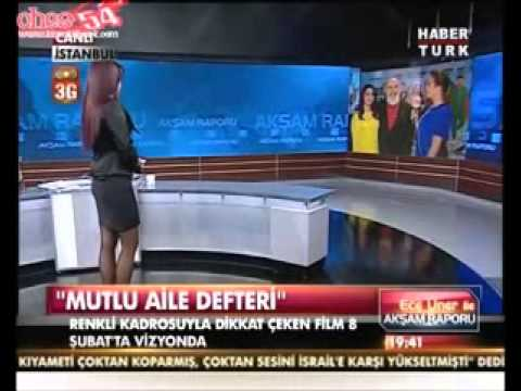 Ece Üner Dar Mini Etekle Belirgin Kalça Habertürk