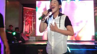 Give Love On Christmas Day by DARREN ESPANTO (c) Thea Valenzuela