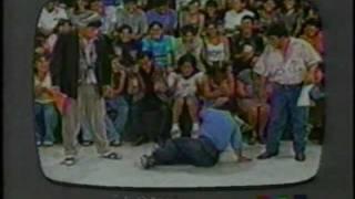 El Siguiente Programa Critica De Television (Año 2000) 2/3