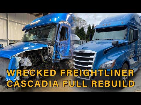 Salvage Freightliner Cascadia Rebuild Totalled Copart Semi truck Full timelapse