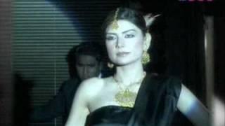 Alena, Abs In A Black Silken Sari