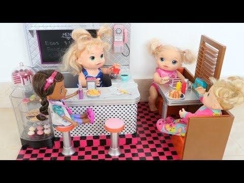 Xxx Mp4 La Muñeca Baby Alive Sara Y Su Mami Trabajan🍔🍟🍩en Su Divertido Restaurante Totoykids 3gp Sex