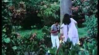 Mausam Kitna Pyara Hai - Debashree Roy & Shashi Puri - Phulwari