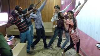 Anirudh & Sivakarthikeyan giving Dance Lessons to Suryan FM 93.5 RJ'S !!!