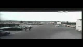 Download Inregistrare a camerelor de supraveghere - doua fete la agatat in parcarea unui mall din Cluj