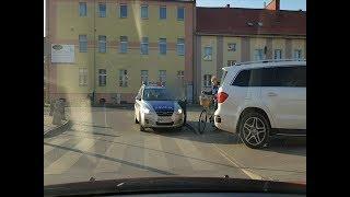NDG.: Mega mistrz parkowania. Biały mercedes, i natychmiastowa kara. - 16.10.2017