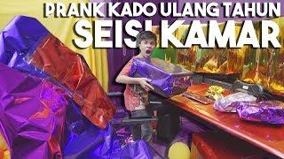 PRANK ABANG KADO ULANGTAHUN SEISI KAMAR WOWW!!