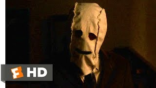 The Strangers (2008) - Making a Run For It Scene (7/10) | Movieclips