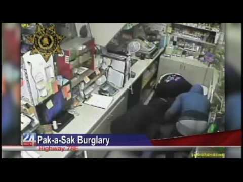 Police Search for Suspects in Pak a Sak Burglary
