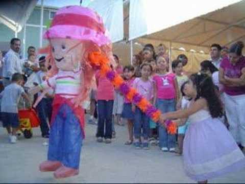 piñata de valeria