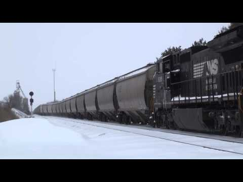 40D into the siding at Leesburg, IN - January 2, 2014
