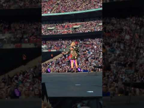 Taylor Swift 'Dancing With Our Hands Tied' live Rep Tour London night 1