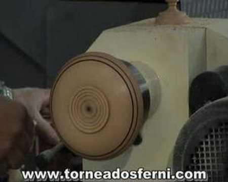 Torneados Ferni presenta torneado en madera plato