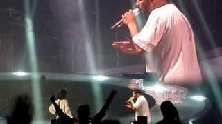 Drake - Take Care ft Rihanna LIVE @ Paris Bercy