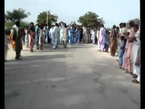 pakistan hindu community  protesting against demolition of temple.flv