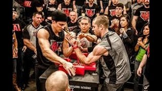 اقوي مباريات مصارعة الذراعين في العالم | فيديو رهيب