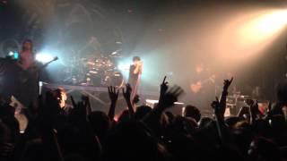 ONE OK ROCK-C.h.a.o.s.m.y.t.h  (BATACLAN PARIS 27.10.2013)