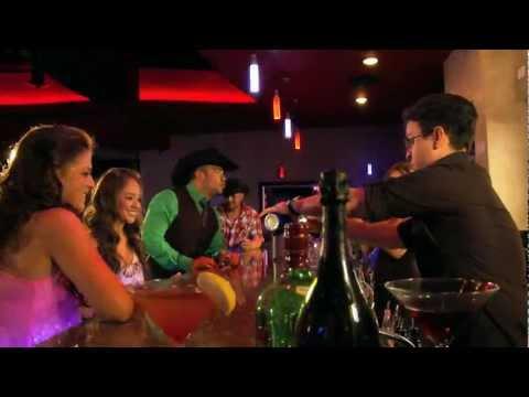 Michael Salgado Popurri Rancheras Official Video