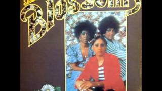 The Blossoms - Grandma's Hands (1972)
