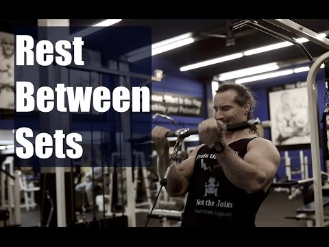 How Much Rest in Between Sets to Build Muscle