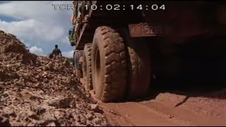 Congo's trucks (full documentary)