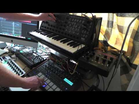 Beatstep pro sequencing original Korg ms20, with Tempest and Rytm for a Techno jam Odyssey