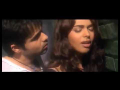 Xxx Mp4 Emraan Hashmi Lip Lock Bed Scene With Deepika Padukone 3gp Sex