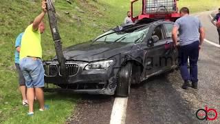 Exclusiv: Cum a fost scos BMW-ul căzut în prăpastie pe Transfăgărăşan