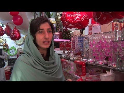 Valentine's Day in full swing in Peshawar despite ban