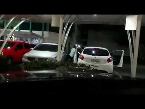 """""""Chifre"""" na polícia militar Soldado flagra a mulher com oficial dentro de carro"""