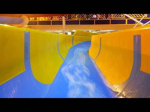 gelbe Riesenrutsche :: Röhrenrutsche   Water Meadows Swimming Mansfield