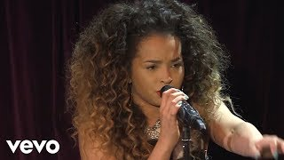 Ella Eyre - Elastic Heart (SIA cover in the Live Lounge)