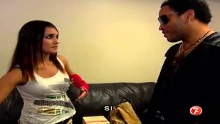 Roberta llega hasta al camerino de Lenny Kravits