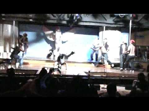 macho dancers at pegasus