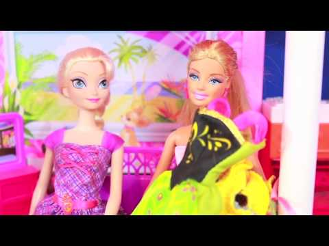 Oops Elsa Donates Anna s Clothes To BARBIE Dress Up Fashion Show Frozen Part 1 AllToyCollector